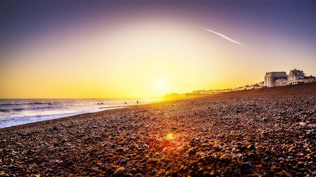 Apus pe plajă