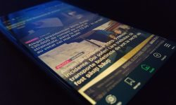 Știri din România pe telefonul mobil – 3 Aplicații de Android și iOS